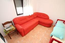 Студия (гостиная+кухня). Черногория, Велика плажа : Студия для 2-3 человек