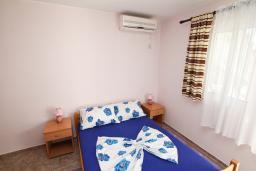 Черногория, Велика плажа : Комната для 2 человек, с общей кухней