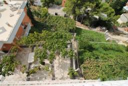 Вид. Черногория, Ульцинь : Комната для 4 человек, с общей кухней, с балконом с шикарным видом на море