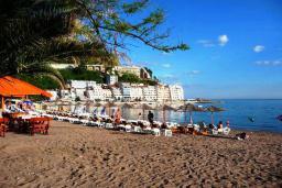 Ближайший пляж. Porat 3* в Рафаиловичах