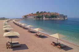 Ближайший пляж. Aman 5* в Свети Стефане