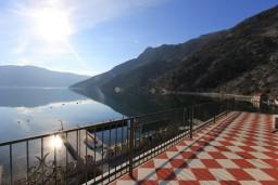 Seaview. Montenegro, Risan : Villa with 5 bedrooms in Risan for 10 guests