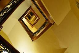Лестница наверх. Cattaro 4* в Которе