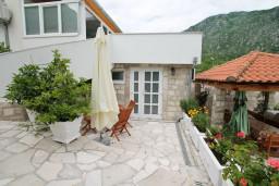 Черногория, Костаньица : Студия для 2-3 человек, с террасой с видом на море