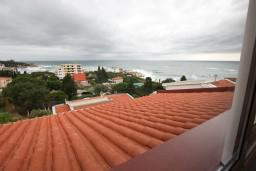 Вид на море. Черногория, Добра Вода : Роскошный пентхаус для 5-7 человек, с 2-мя отдельными спальнями с ванными комнатами, с большой гостиной, с шикарным видом на море