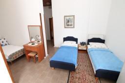 Гостиная. Черногория, Герцег-Нови : Апартамент с 1 спальней, террасой и видом на море