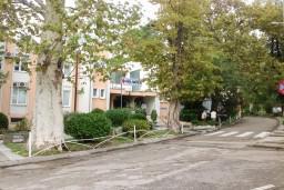 Больница в Тивате