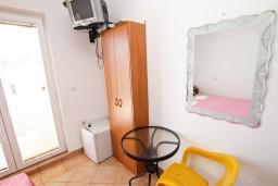 Черногория, Рафаиловичи : Комната на 2 персоны, 50 метров от пляжа
