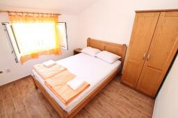 Bed room. Montenegro, Baosici : Apartment with 2 bedrooms in Baosici