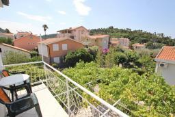 Балкон. Черногория, Петровац : Апартамент для 5 человек, с 2-мя отдельными спальнями, с балконом с видом на море