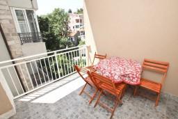 Балкон. Черногория, Петровац : Апартамент для 4-6 человек, с 2-мя отдельными спальнями, 70 метров до моря