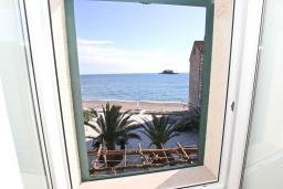 Вид на море. Черногория, Петровац : Студия с кухней, ванной и видом на море