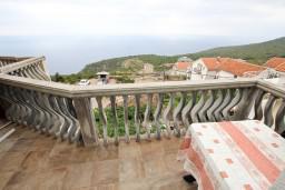 Балкон. Черногория, Кримовица : Апартамент для 3-5 человек, с отдельной спальней, с балконом с видом на море