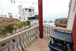 Балкон. Черногория, Кримовица : Студия для 2 человек, с балконом с видом на море
