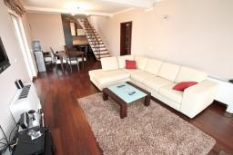 Living room. Montenegro, Kavac : Villa with 4 bedrooms in Kavac for 10 guests