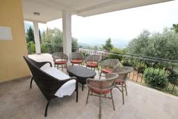 Terrace. Montenegro, Kavac : Villa with 4 bedrooms in Kavac for 10 guests