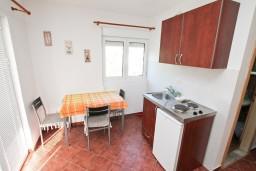 Черногория, Зеленика : Студия для 2-3 человек, 70 метров до моря