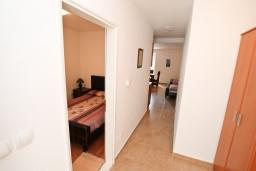 Черногория, Пераст : Апартамент для 6 человек, с отдельной спальней, 20 метров до моря