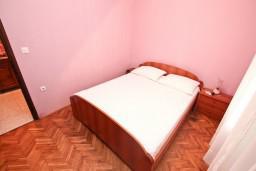 Черногория, Селяново : Уютная студия для 2-х человек, с террасой, 100 метров до моря