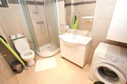 Bath room. Montenegro, Przno & Milocer : Apartment with 1 bedroom in Przno & Milocer