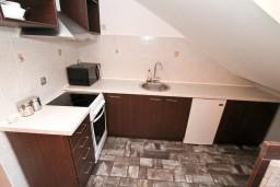 Кухня. Черногория, Муо : Современная студия для 2-3 человек, 20 метров до пляжа