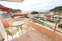 Черногория, Чань : Апартамент с отдельной спальней, с балконом с видом на море
