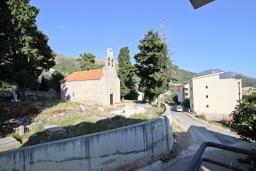 Вид. Черногория, Петровац : Апартамент с отдельной спальней, с балконом
