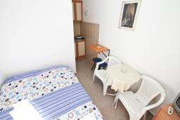 Студия (гостиная+кухня). Черногория, Мельине : Студия для 2 человек, с террасой