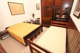 Студия (гостиная+кухня). Черногория, Риека Режевичи : Большая студия для 3 человек, с террасой с видом на море