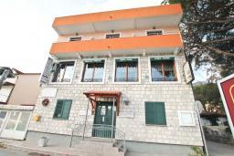 Фасад дома. Fiammanti 3* в Дженовичи