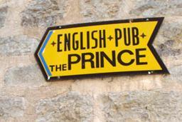 Кафе English Pub Prince в Будве