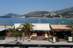 Вид на море. Черногория, Рафаиловичи : Студио №0 с балконом и видом на море