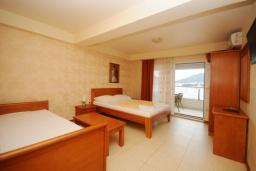 Студия (гостиная+кухня). Черногория, Рафаиловичи : Студио №501 с балконом и видом на море