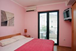 Спальня. Черногория, Будва : Апартамент с отдельной спальней (№1 APP 02+1)
