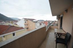 Балкон. Черногория, Будва : Апартамент с отдельной спальней в корпусе А (№8 APP 02+1)