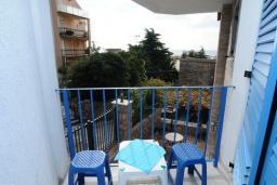 Балкон. Черногория, Петровац : Апартамент с отдельной спальней и видом на сад (№3 APP 03/PV)