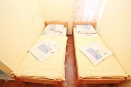 Спальня. Черногория, Мельине : Комната для 2 человек
