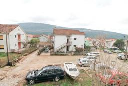 Вид. Продается квартира в Дженовичи. 44м2, гостиная, 1 спальня, балкон, 150 метров до моря, цена - 75'000 Евро. в Дженовичи