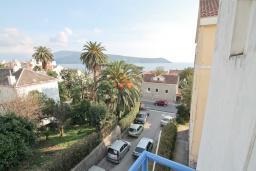 Вид на море. Черногория, Герцег-Нови : Студия для 3 человек, с балконом с видом на море, 100 метров до пляжа