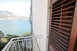 Балкон 2. Черногория, Нивице : Студия для 2 человек, с 2-мя балконами с шикарным видом на море, 30 метров до пляжа
