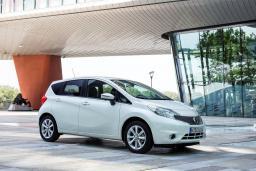 Nissan Note 1.6 механика : Черногория