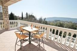 Balcony. Montenegro, Herceg-Novi : House with 4 bedrooms in Herceg-Novi for 12 guests