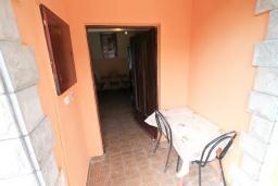 Вход. Черногория, Зеленика : Студия для 4 человек, с балконом