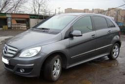 Mercedes B 180 2.0 автомат : Черногория