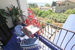 Балкон. Черногория, Игало : Комната для 2 человек, с балконом с видом на море, 50 метров до пляжа