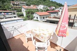 Балкон. Черногория, Будва : Апартамент с 2-мя отдельными спальнями, с 2-мя балконами