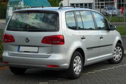 Volkswagen Touran 1.6 автомат : Черногория