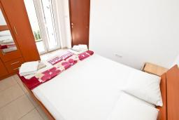 Спальня 2. Черногория, Булярица : Апартамент с 2-мя отдельными спальнями, с 2-мя балконами