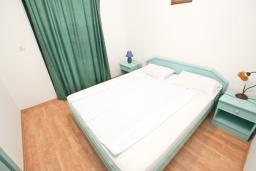 Bed room 3. Montenegro, Buljarica : Apartment with 3 bedrooms in Buljarica
