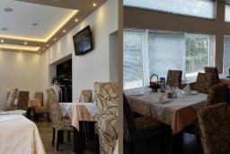 Кафе-ресторан. Aria 4* в Герцег Нови